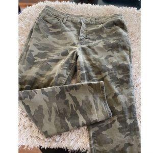 Universal Thread Skinny Camo Jeans Size 16